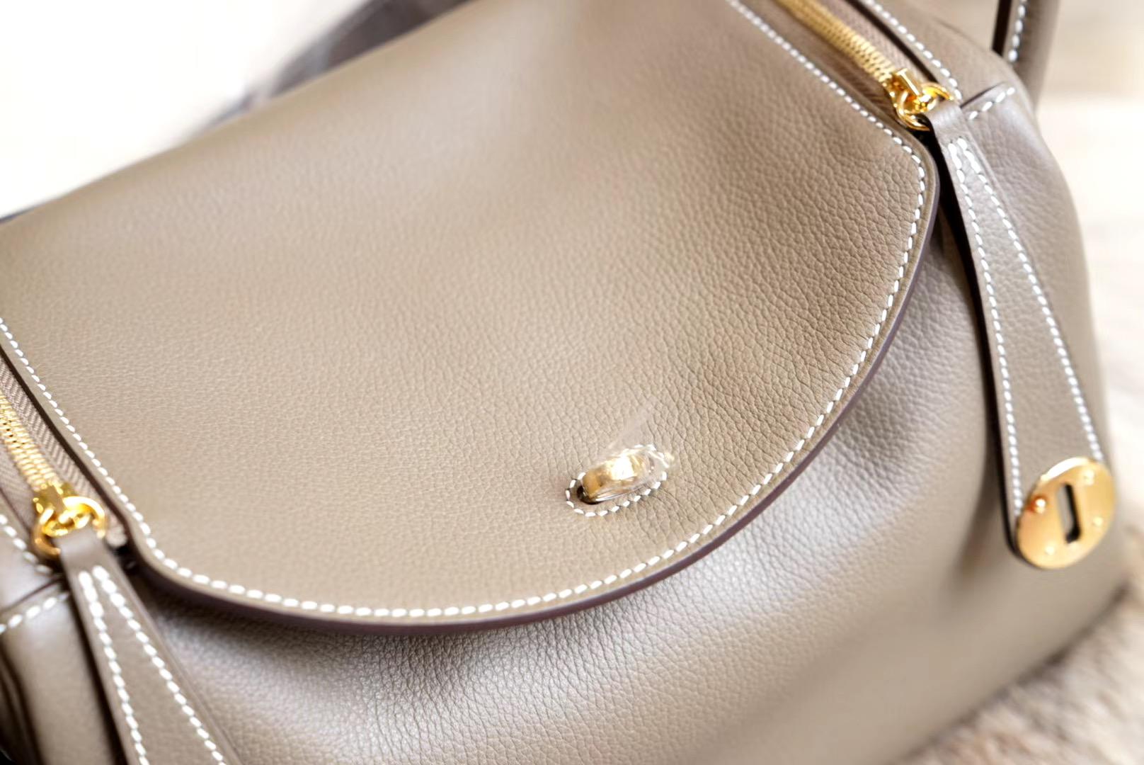 最新年份真品开版 大象灰 琳迪包 Lindy 26CM 金扣 原厂Evercolor皮 法国蜡线 全手缝